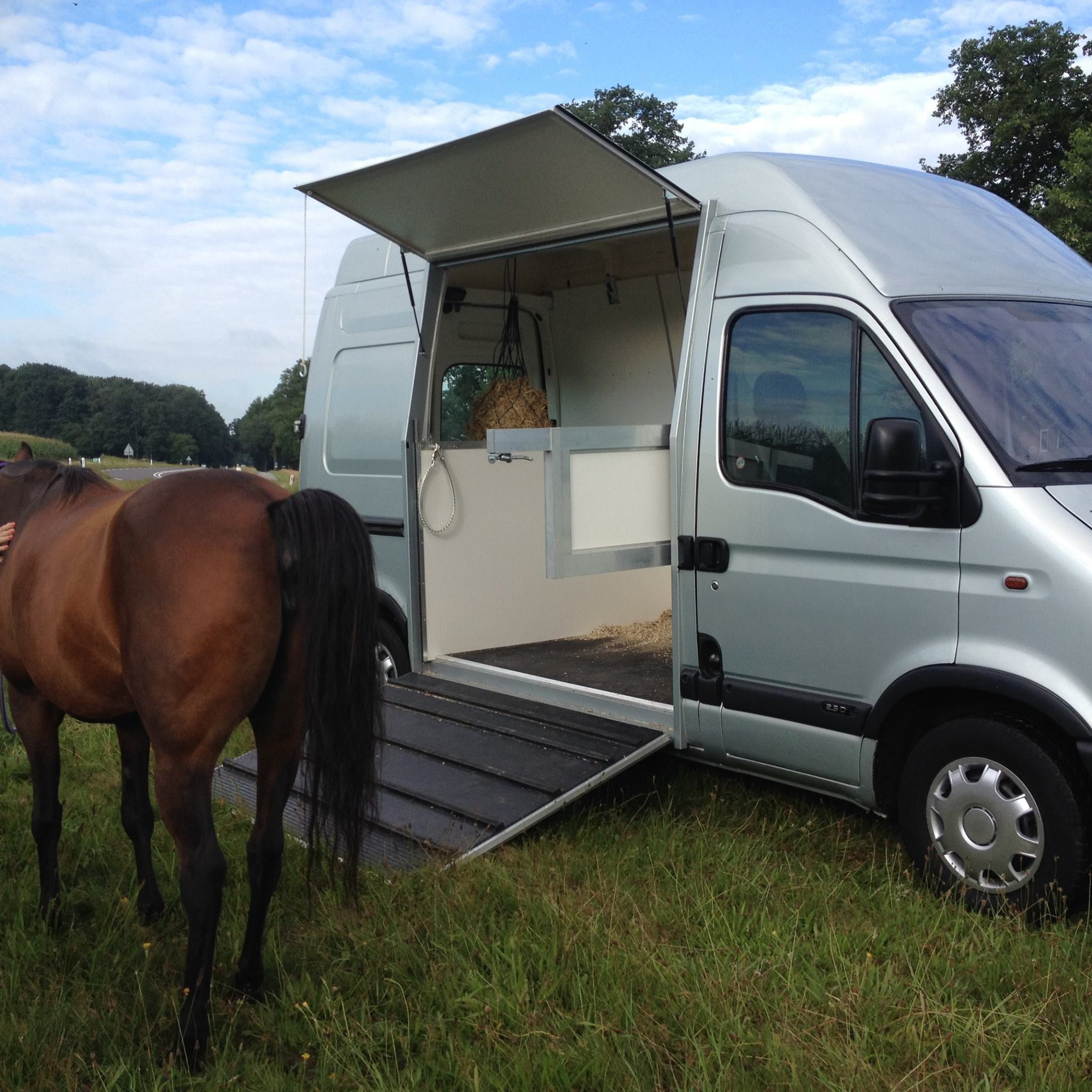 Horse On Wheels paardentransporters